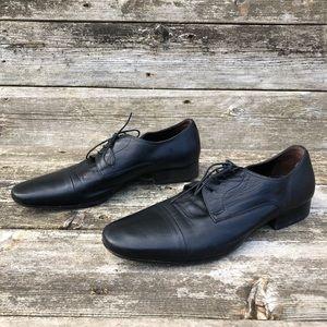 Bruno Magli Men's Martico Cap Toe Oxford Shoes